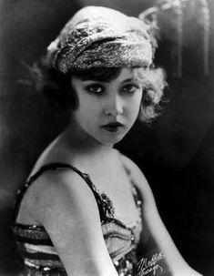 Doris Eaton Travis (1904 - 2010)