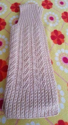 Com Knitting Patterns, Knitting Designs, Knitting For Beginners. Knit Vest Pattern, Lace Knitting Patterns, Knitting Stiches, Arm Knitting, Knitting Designs, Diy Crafts Knitting, Knitting Projects, Hairpin Lace Crochet, Knit Crochet