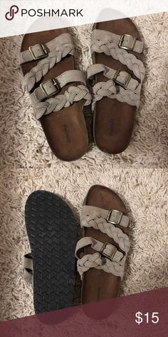 0f6a238beda Sandals ✨ Size 9 Sonoma Brand from Kohl s Great condition Sonoma Shoes  Sandals
