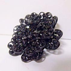 Black Crystal Rhinestones Delicate Japanned Filigree Lacey Brooch Pin Austria