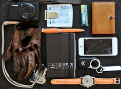 #EDC #everydayCarry #leather