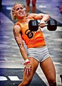 female crossfitters on steroids