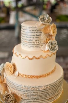 wedding cake with script from the newlyweds' favorite poem about marriage