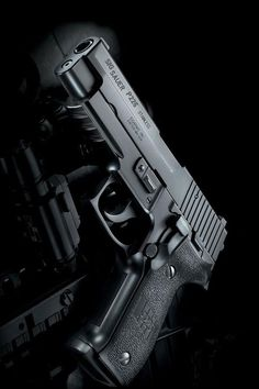 Sig Sauer P226 .40 S Find our speedloader now!  http://www.amazon.com/shops/raeind