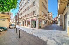 Piso 3 dormitorios en casco antiguo de Almería