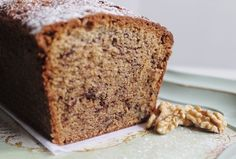 Banana Bread with Cinnamon Crumble Topping. With choco chips Cinnamon Banana Bread, Cinnamon Crumble, Honey And Cinnamon, Choco Chips, Crumble Topping, Pan Bread, Recipe Steps, Snack, Coffee Cake