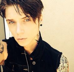 OMG THATS IT. IM DEAD. IM JUST DEAD. YOU KILLED ME ANDY. I HOPE YOUR HOTNESS IS HAPPY