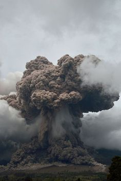 Giant eruption of Mount Sinabung volcano in Indonesia