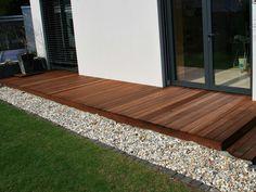 Terrassendielen aus Ipe-Holz von Holzhandel-Deutschland
