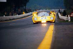 """El Ferrari 512 S de Ecurie Francorchamps pilotat per Derek Bell durant els 1000 km de Spa-Francorchamps de 1970. La foto és de Schlegelmilch """""""