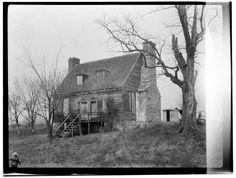 Colchester Inn, 10712 Old Colchester Road, Lorton, Fairfax County. No date, no photographer identified. Historic American Building Survey Collection, The Library of Congress.