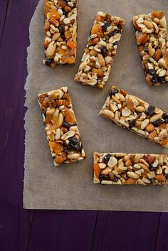 Fruit & Nut Bars {Copycat KIND Bars} - a good granola bar option