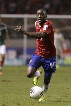 Joel Campbell con la maglia della sua nazionale (Costa Rica)