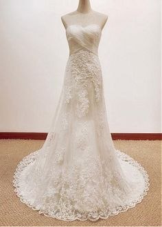 Graceful Tulle Sweetheart Neckline A-line Wedding Dresses With Lace Appliques