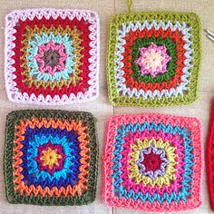 A very easy, soothing and relaxing square. Can be made any size… works up very fast…