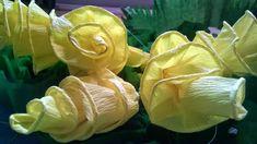 Rękodzieło na co dzień: Spiralki z bibuły do palmy wielkanocnej Plant Leaves, Rose, Flowers, Plants, Pink, Plant, Roses, Royal Icing Flowers, Flower