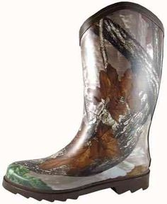 Smoky Mountain 6753 Women's Wide Calf Camouflage Rubber Boot Smoky Mountain. $40.99