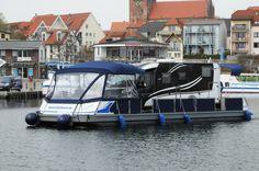 März 2014 - Der WechselCamper von www.mueritzboot.de im Warener Yachthafen.
