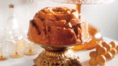 Une recette de gâteau au rhum, présentée sur Zeste et Zeste.tv.