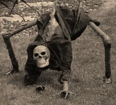 Takes you to lots of other cool DIY yard decor. This one is Creepy!!