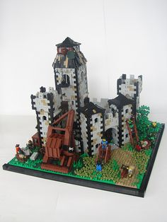Repairing Forngord Castle | Flickr - Photo Sharing! Lego Castle, Lego Creations, Fantasy Creatures, Castles, Fairy Tales, Medieval, Amazing, Cool Lego, Fairytale