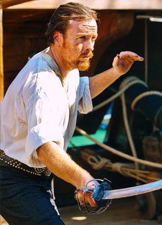 Toby Stephens as Captain Flint (Black Sails) Flint Black Sails, Black Sails Starz, Captain Flint, Toby Stephens, Pirate Adventure, Pirate Life, Magazines For Kids, Treasure Island, Movies