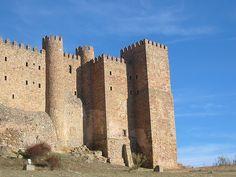 Castillo de Sigüenza, por Eduardo Sánchez Butragueño    Sede del Parador Nacional.
