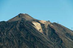 Tenerife Pico del Teide 300510.jpg - Tenerife - in het 'Parque Nacional del Teide - de Pico del Teide als vulkaan is met 3718 m de h...
