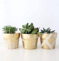 decoração vasos de barro dourados DIY