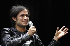 Gael Garcia Bernal To Direct a Dark Comedy Set in Mexico City