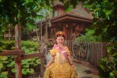 Making the most of photopass/ memory maker. Disney Photo Pass, Disney Planning, Memories, Disney Princess, Disney Characters, How To Make, Memoirs, Souvenirs, Disney Princesses