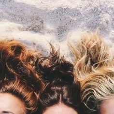 Sandy skin salty hair natasha oakely Whitney Kaye and Devin Brugman instagram.com/TashOakley
