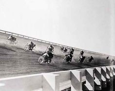 Blood On The Tracks: Insane Board Track Racing Of The Early 1900s [27 Photos] | The Roosevelts