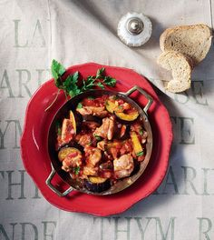 Kung Pao Chicken, Ratatouille, Meat, Cooking, Ethnic Recipes, Food, Greek, Kitchen, Essen