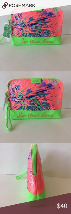 "Lilly Pulitzer Bohemian Beach Pouch Lilly Pulitzer Bohemian Beach Pouch/Wristlet in Never Been Betta. Super cute print! Great gift idea💕 Great to throw in all your beach accessories. Detachable wrist strap. Canvas with PVC interior. Top zip. Measurements approx 11"" W x 8 1/2"" H x 1 3/4"" D. NWT. #1181 Lilly Pulitzer Bags Clutches & Wristlets"