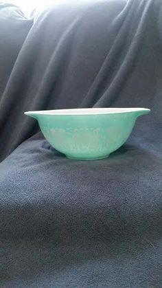 PYREX #442 1 1/2 qt Butterprint Amish Trademark #37 Bowl #Pyrex