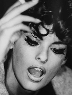 Linda Evangelista #photos, #bestofpinterest, #greatshots, https://facebook.com/apps/application.php?id=106186096099420