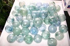 http://glassfloatjunkie.com/images/Glass_Floats_Wholesale.jpg