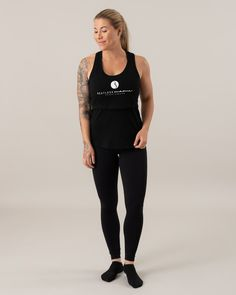 Logo Tank Top Our comfortable Logo Clip Bra is a sports bra with breastfeeding function. It fits perfectly into the workout or during a casual outfit. In order to provide good support, manufacturers generally use a very silly and unwashed fabric. Maternity Activewear, Sports Bra Outfit, Breastfeeding Bras, Nursing Tank, Maternity Fashion, Active Wear, Casual Outfits, Tank Tops, Pregnancy
