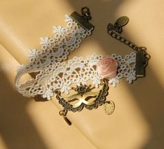 Fashion White Lace Mask Pendant Flower Dangle Anklets Chain