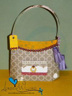 Luxury Handbag #SVG #svgcuts #Silhouette #Cameo #Paper #craft #birthday #favour #favor #scrapbook #scrapbooking #3D #luxury #happy #cute #joy #decor #decoration #handmade #gift #charmholder #giftholder #handbag #tassle www.fb.com/EndlessPossibilitiesSA