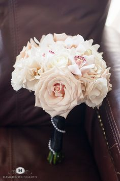 Check out this #romantic #bridal #bouquet!  We love the mix of pale pinks, creams and rose tones.  Photography by #hamiltonphoto in #annapolis , MD.