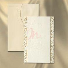 invitatie de nunta din carton crem, tiparit in relief. Dimensiuni invitatie: 120 x 185 mm. Plic crem cu clapa: 125 x 190 mm.  #invitatie de #nunta #mirese #miri #invitatii #elegante #originale
