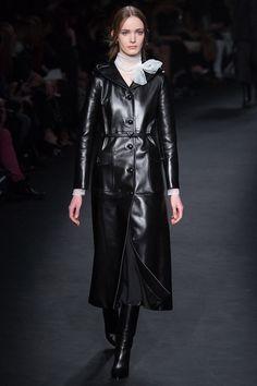 valentino-rtw-fw15-runway-34 – Vogue