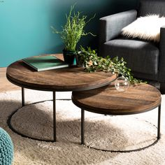 Living Room Modern, Home Living Room, Living Room Decor, Center Table Living Room, Cool Tables, Decorating Coffee Tables, Wooden Tables, Interior Decorating, Pier Import