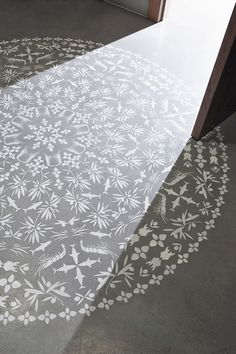 Stenciling On Concrete - DIY Inspiration floors idea