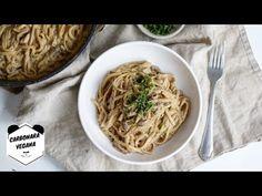PASTA A LA CARBONARA VEGANA *Living Like A Panda* - YouTube Pasta A La Carbonara, Panda, Spaghetti, Ethnic Recipes, Food, Youtube, Pasta Dishes, Vegetables, Vegans