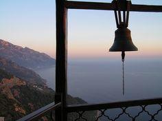 Kirchen, Decorative Bells, Greece, Ceiling Lights, Lighting, Travel, Home Decor, Greece Country, Viajes