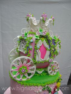 Princess Carriage Cake by Karen Portaleo/ Highland Bakery, via Flickr
