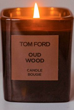 Tom Ford Candle in Oud Wood Beautiful Candles, Best Candles, Winter Looks, Cosmic Girls, Celebrity Houses, Chocolate Coffee, Smell Good, Tom Ford, Houses
